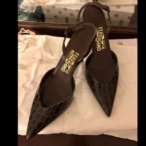 Ferragamo brown croc embossed leather kitten heels